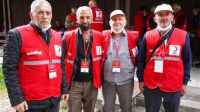 Photo of 50 years later, they met again in the Turkish Red Crescent camp